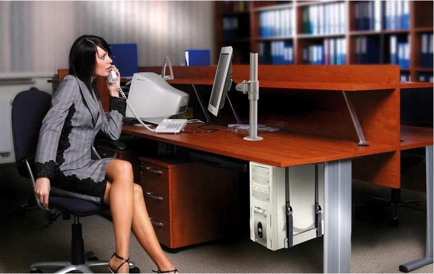 Profesionální stolní držák na monitor Edbak SV01
